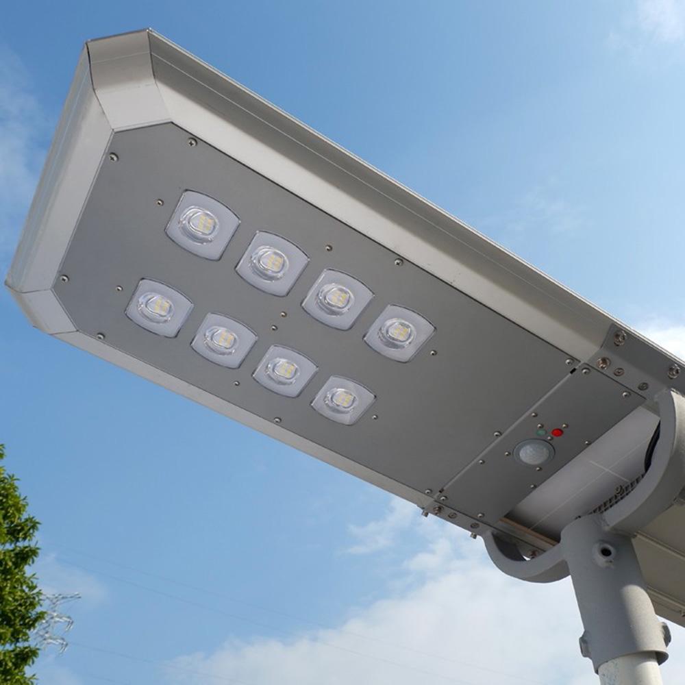 Lampa Stradala Cu Incarcare Solara 20W