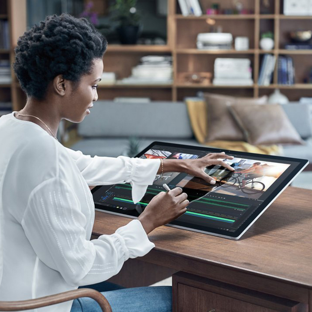 Surface Studio Intel Core i7  2TB   32GB DGPU